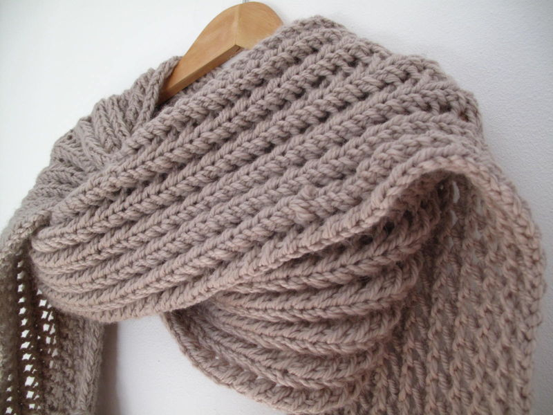Comment tricoter un echarpe en laine - Comment tricoter des chaussettes en laine ...